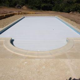 Volet de piscine pour toute les formes de pisicnes